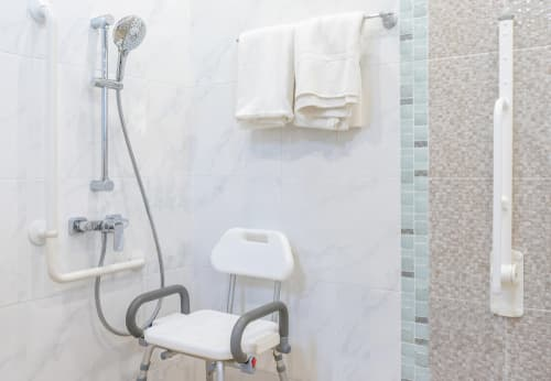 Where do I find reliable bathroom remodeling contractors in Edmond, OK
